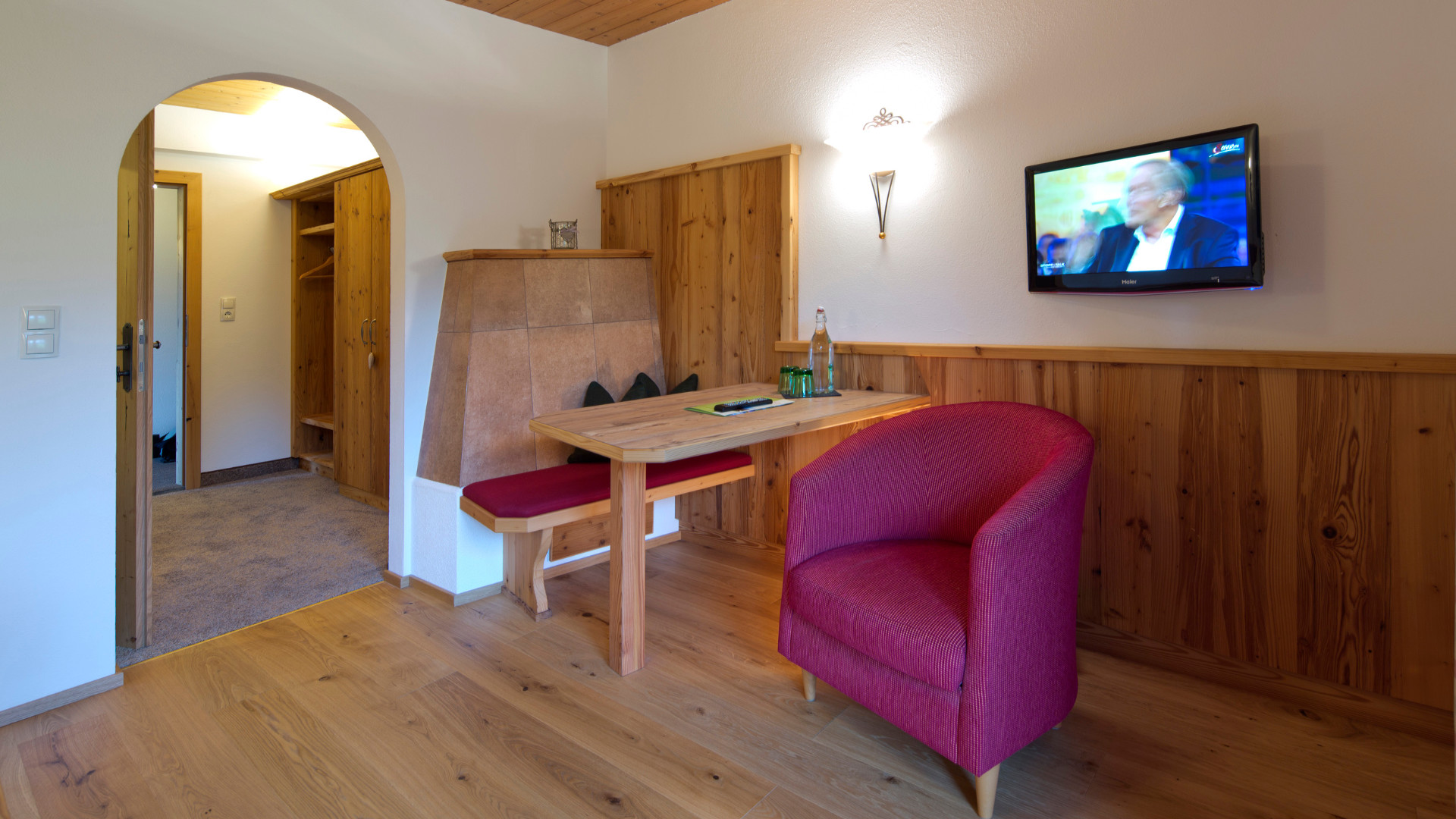 ledererhof-gasthof-pension-ebbs-zimmer-hotel-tirol-vermietung-wohnraum-1